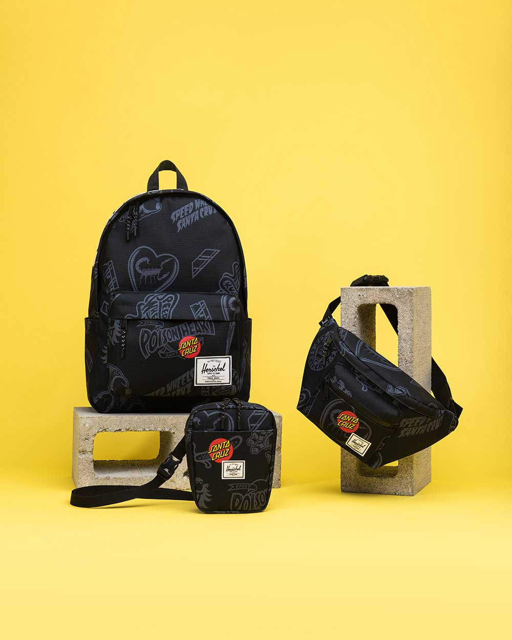 Santa Cruz Classic Backpack XL、Cruz Crossbody、Seventeen Hip Pack in Black Speed Wheelsプリント